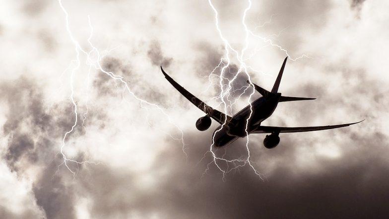 Plane Tragedy: জানেন শেষবার কবে প্লেনে বাজ পড়ে ভেঙে পড়ে