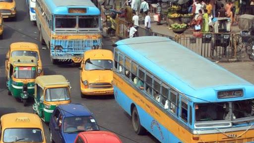 Kolkata: সোমবার থেকে নামছে না বেসরকারি বাস, ভাড়া বৃদ্ধির নিয়ে সিদ্ধান্ত সরকারের ঘাড়ে ছাড়লেন বাস মালিকরা