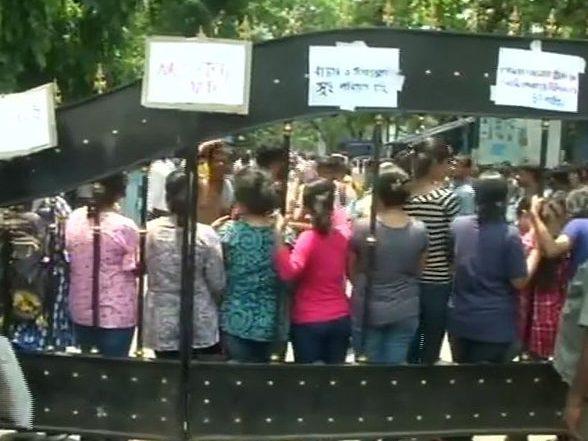 'Jai Shree Ram': স্লোগানের ভয়েই NRS যাননি মমতা ব্যানার্জি, কটাক্ষ দিলীপ ঘোষের