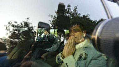 সাময়িক সস্তি রবার্টের, প্রিয়ঙ্কা গান্ধীর স্বামীকে বিদেশযাত্রার অনুমতি দিল আদালত