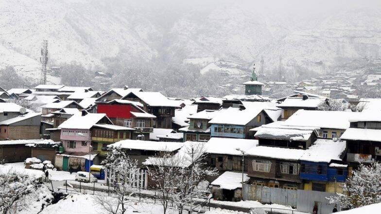 Kashmir Turmoil: কী এই সংবিধানের ৩৭০ ধারা! যা রদ করার পর দেশ তোলপাড়