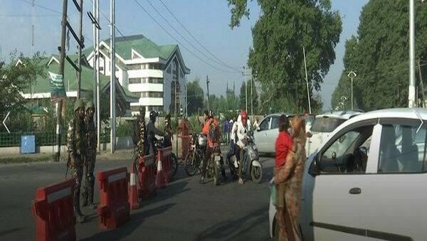 Jammu And Kashmir: পুঞ্চ, রাজৌরি সহ পাঁচ জেলায় মোবাইল পরিষেবা চালু, রাজ্যপাল সত্যপাল মালিকের