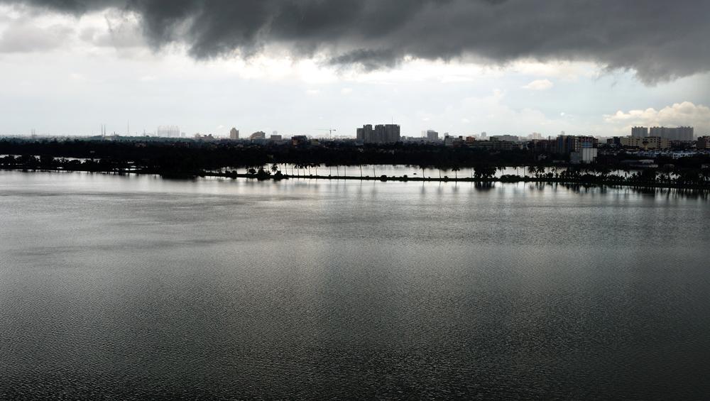 West Bengal Weather Update: বঙ্গোপসাগরে ঘনীভূত নিম্নচাপ, দেবীপক্ষের সপ্তাহান্তে ভারী বর্ষণে ভিজবে দক্ষিণবঙ্গ