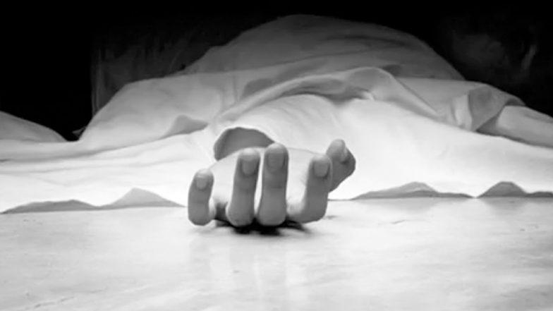 Uttar Pradesh Shocker: কলকাতার রবিনসন স্ট্রিট এবার অযোধ্যায়,  মা ও দিদির মৃতদেহের সঙ্গে দুমাস ধরে থাকছেন তরুণী
