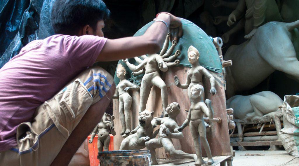 Durga Puja 2019: সবচেয়ে বড় দুর্গা তো দেখেছেন, মিনিয়েচার দুর্গা দেখেছেন কি?