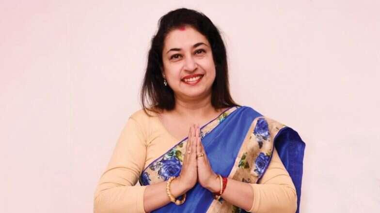 Shatabdi Roy: আগামিকাল দিল্লি যাচ্ছেন না শতাব্দী রায়, অভিষেক ব্যানার্জির সঙ্গে মিটিংয়ের পর সিদ্ধান্ত