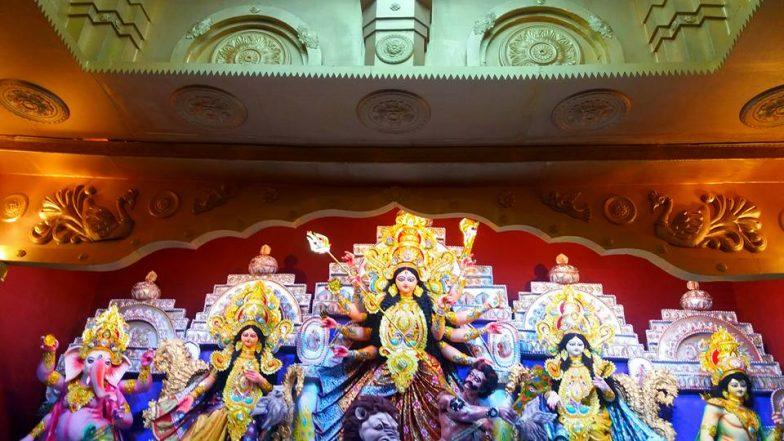Durga Puja 2019: কার্ড থাকলেই আর আপনি ভিআইপি নন, এবার পুজো মণ্ডপে বড় জোর আপনি এইনভাইটি
