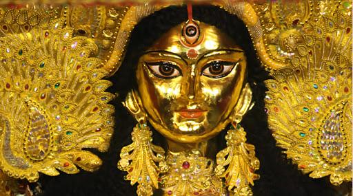 Durga Puja 2019: সন্তোষ মিত্র স্কোয়ারে জাল অতিথি কার্ড! পার্থক্য বোঝাতে ওয়ার্কশপ করাচ্ছেন পুজো উদ্যোক্তারা