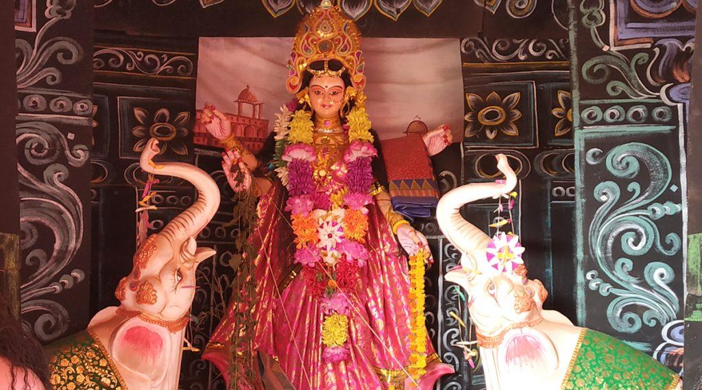 Laxmi Puja 2019: আগামীকাল কোজাগরী লক্ষ্মী পুজো; নির্ঘণ্ট জেনে নিন এক ক্লিকে