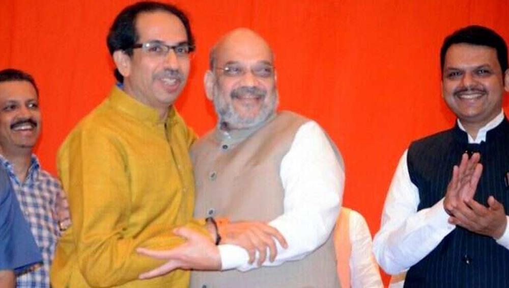 Maharashtra Assembly Elections Results: ক্ষমতার রশি কার হাতে? মুখ্যমন্ত্রীর দাবিতে অনড় উদ্ধব ঠাকরে, পুরনো চেয়ারেই বসতে চাইছেন দেবেন্দ্র ফডনবিশ
