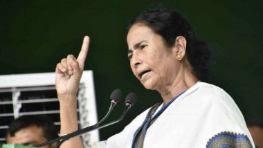 Governor At Mamata Banerjee's Kali Puja: মুখ্যমন্ত্রী মমতা ব্যানার্জির বাড়ির কালীপুজোয় সস্ত্রীক রাজ্যপাল