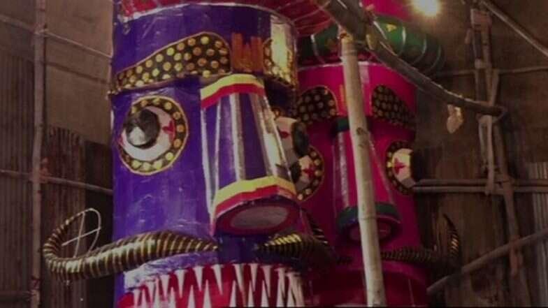 দশেরা উপলক্ষে রাবণের কুশপুত্তলিকা বানিয়ে বৈষম্যের মাঝে ঐক্যের নজির মথুরার জাফর আলি