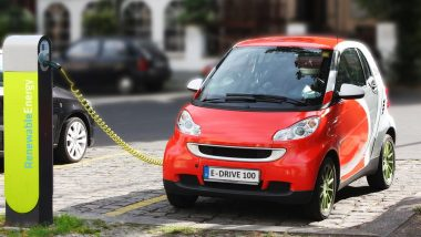 Electric Car: আর ৩০ মিনিট লাগবে না; এই ব্যাটারিতে ১০ মিনিটেই চার্জ হয়ে যাবে আপনার বৈদ্যুতিন চারচাকা গাড়িটি