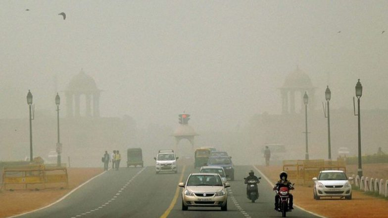 Delhi Air Pollution: এখনও ধোঁয়ায় ডুবে রাজধানী, তবে এবারের মতো দূষণ অসুর বিদায় নেবে আশা দিল্লিবাসীর