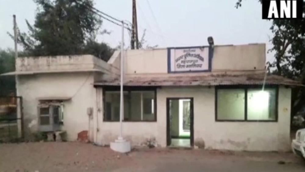 Madhya Pradesh: পুলিশ সেজে নকল থানা তৈরি করে চলছিল তোলা আদায়, কোথায় জানেন?