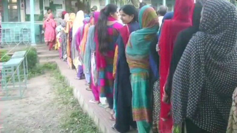 West Bengal By Elections 2019: তিন কেন্দ্র মিলিয়ে বেলা ১১টা পর্যন্ত ভোট পড়ল ৩০.১৭ শতাংশ