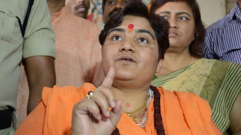 Pragya Thakur: বিরোধীদের প্রবল চাপে, সাধ্বী প্রজ্ঞাকে প্রতিরক্ষার সংসদীয় কমিটি থেকে ছেঁটে ফেলল কেন্দ্র