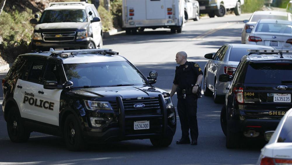 California Saugus High School Shooting: মার্কিন মুলুকের বন্দুকবাজের হামলায় মৃত ১ , সন্দেহভাজনকে আটক করেছে পুলিশ
