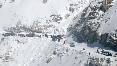 Avalanche Strikes In Siachen Glacier: সিয়াচেনে ভয়াবহ তুষার ধসে নিখোঁজ ৮ সেনাকর্মী,  ঘটনাস্থলে উদ্ধারকারী দল