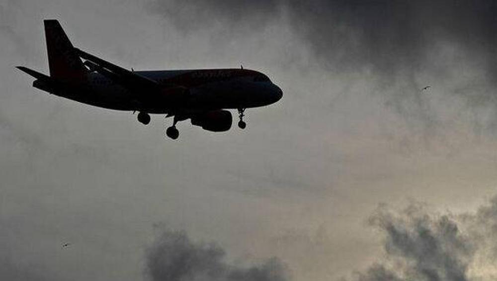 France Mid-Air Accident: মাঝ আকাশে মুখোমুখি দু'টি বিমানের সংঘর্ষে মৃত ৫