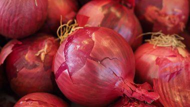 Kolkata Onion Prices: মুখ্যমন্ত্রী মমতা ব্যানার্জির হস্তক্ষেপ, কলকাতায় এক ধাক্কায় পেঁয়াজ  ১৬০ থেকে নেমে ১২০ টাকা কিলোতে