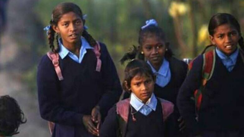 Kolkata: বুলবুলের জের, পিছিয়ে গেল বিপর্যস্ত জেলাগুলিতে স্কুলের বার্ষিক পরীক্ষা