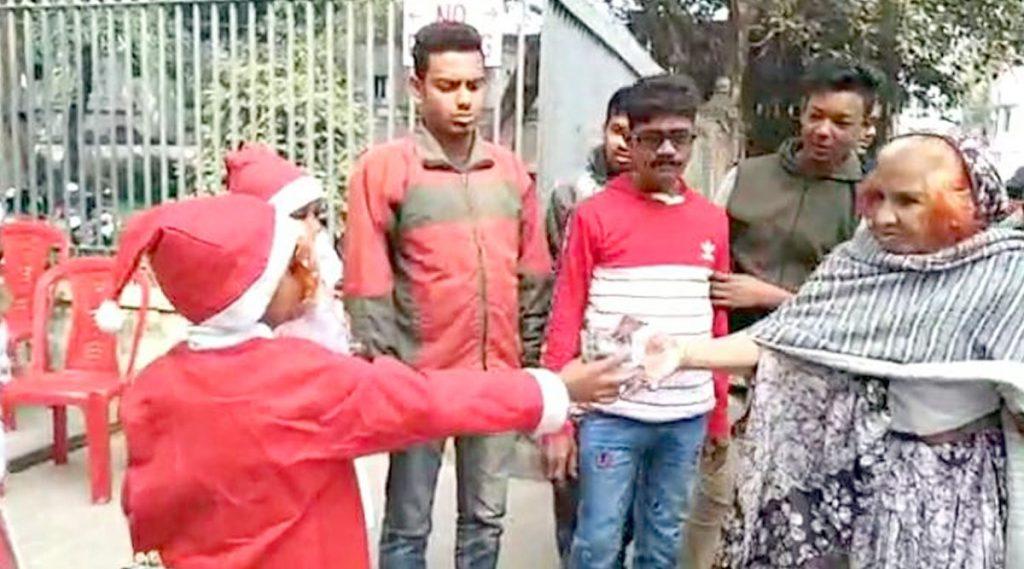 Onion As Christmas Gift: অভিনব প্রতিবাদ, বড়দিনে পেঁয়াজ উপহার শ্রীরামপুরের তৃণমূল কাউন্সিলরের
