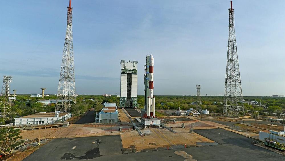 ISRO RISAT-2BR1 Satellite Launch: সীমান্ত সুরক্ষায় নজরদারি উপগ্রহ, ইসরোর মহাকাশ গবেষণাকেন্দ্র থেকে উৎক্ষেপণ আজই