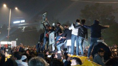 Jamia Millia Islamia University Standoff: জামিয়া বিশ্ববিদ্যালয়ের ৫০জন আটক ছাত্রকে ছাড়ল পুলিশ, একদিন পর রাজধানীতে স্বাভাবিক মেট্রো পরিষেবা