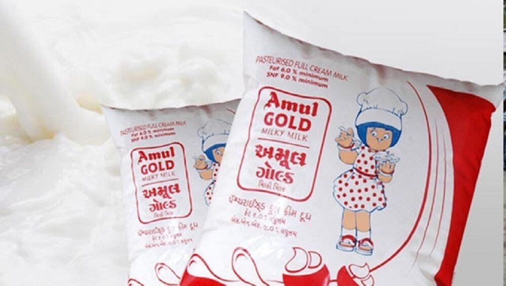 Amul Hikes Milk Prices: আগামীকাল থেকেই বাড়ছে আমুল দুধের দাম, জানেন কত হল!