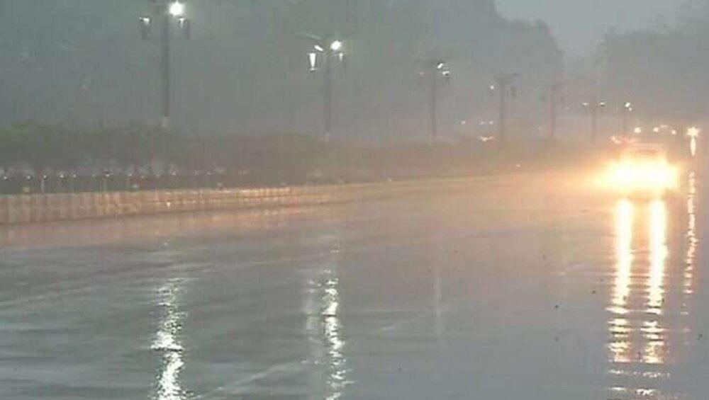 West Bengal Weather Update: রাজ্যজুড়ে বৃষ্টির সম্ভাবনা, এখনও কমবে না শীতের দাপট