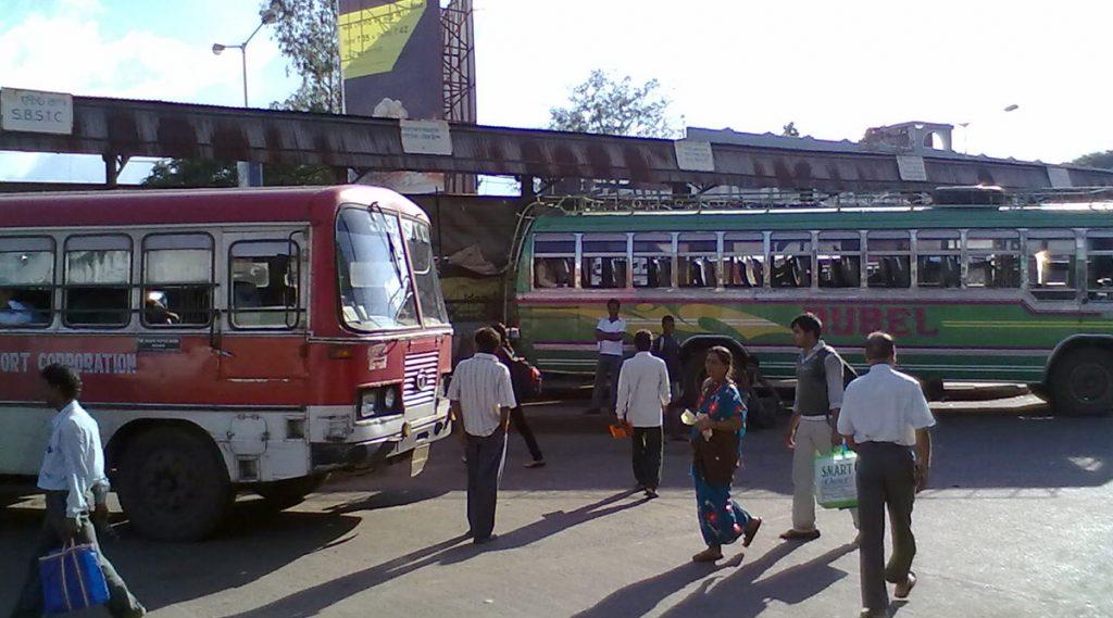 Lockdown In West Bengal: জরুরি পরিষেবায় কলকাতার রাস্তায় চলবে বাস, মিলবে অনলাইন ক্যাব পরিষেবাও