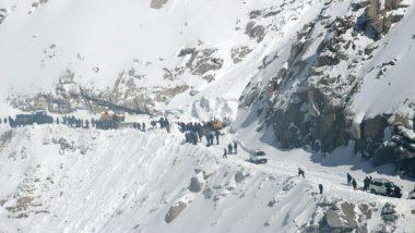Jammu And Kashmir: উত্তর কাশ্মীরে তুষারধসে প্রাণ হারালেন ৩ সেনা, নিখোঁজ ১