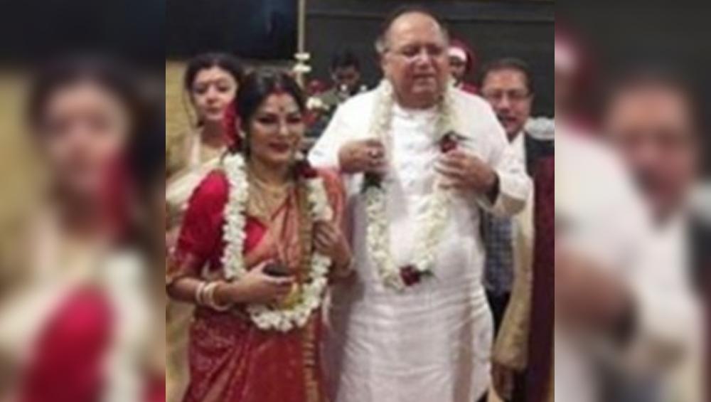 Dipankar De -Dolon Roy Get Hitched: ৭৫-এ গাঁটছড়া, বিয়ে করলেন দীপঙ্কর দে ও দোলন রায়