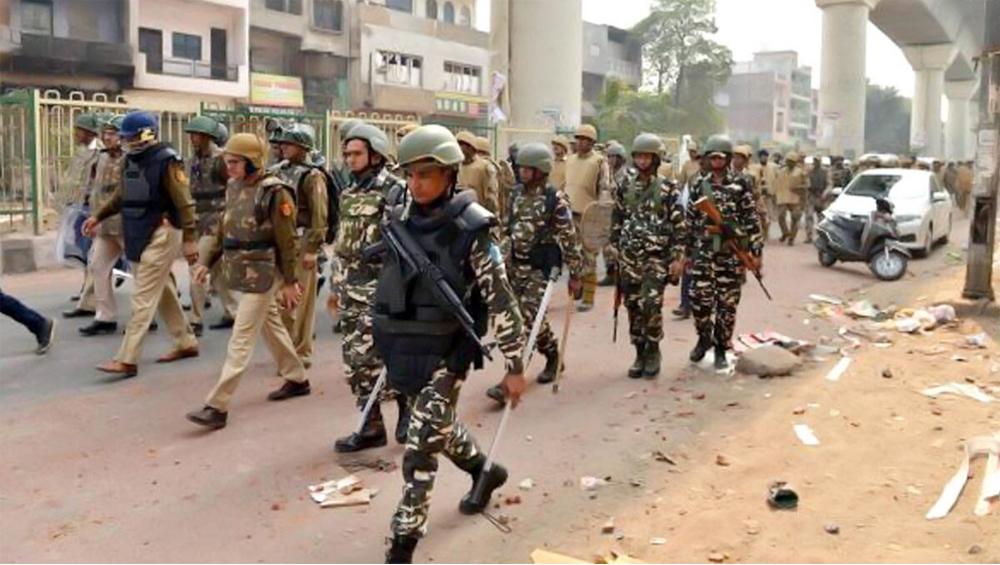 Delhi Violence: রাজধানীর হিংসায় মৃতের সংখ্যা ছুঁল ২৮, অপ্রীতিকর পরিস্থিতি এড়াতে কড়া নিরাপত্তার চাদরে মুড়ল দিল্লির উত্তর পূর্বাংশ