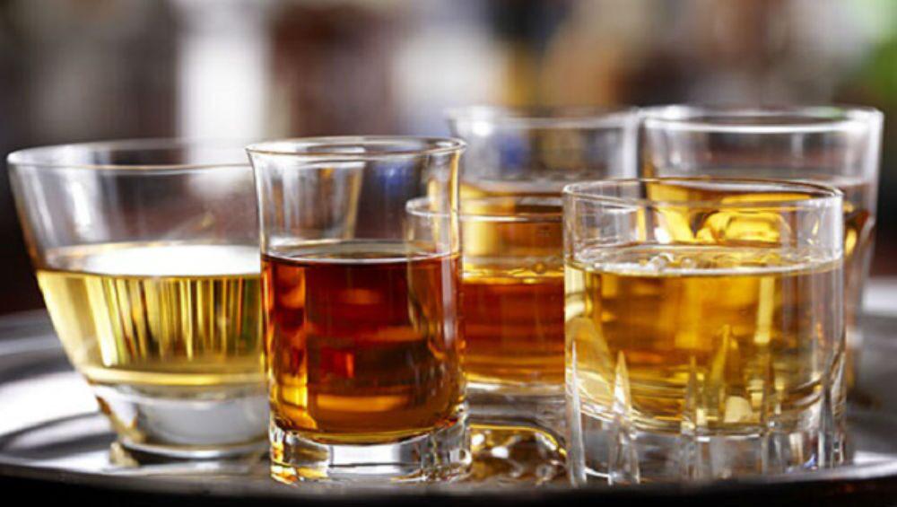Haryana CM Dushyant Chautala On Liquor Shops: বিয়ারের দাম কমছে, রাত তিনটেতেও খোলা থাকবে মদের দোকান, কোথায় জানেন?