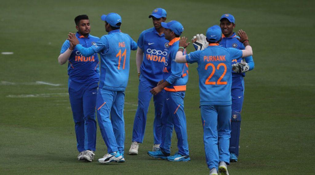 India U19 vs Bangladesh U19 Live Streaming Online: দুপুর দেড়টায় ম্যাচ শুরু; জানুন কোথায় কিভাবে দেখবেন লাইভ টেলিকাস্ট? বিনামূল্যে কোথায় পাবেন অনলাইনে ম্যাচ দেখার সুযোগ?