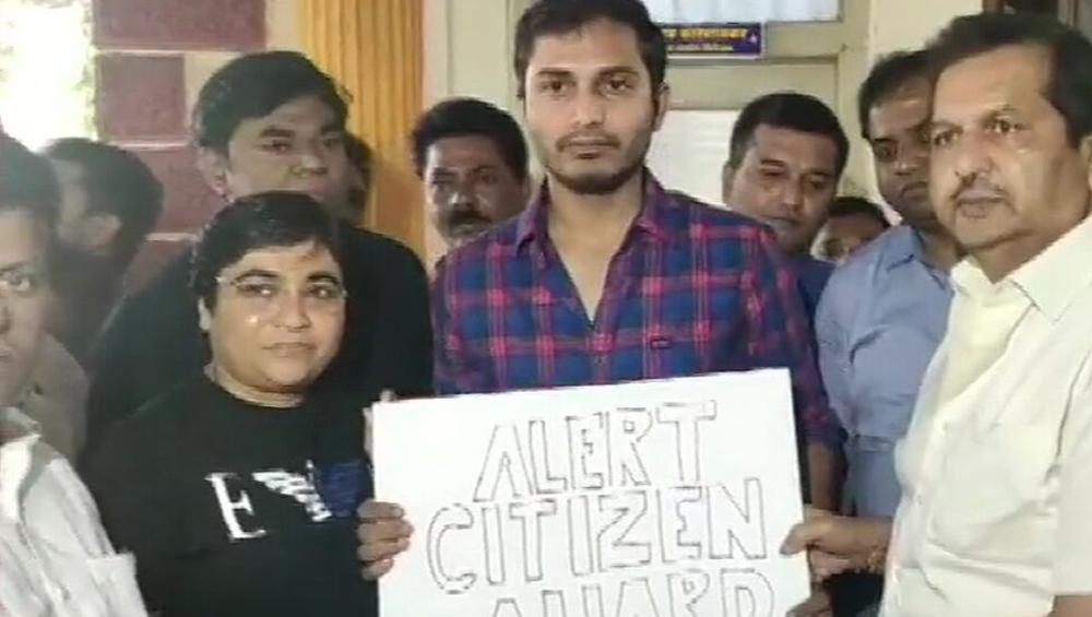 Uber Revokes Suspension Of Mumbai Driver: সিএএ বিরোধী কথা বলায় সমাজকর্মী বাপ্পাদিত্যকে থানায় নিয়ে যাওয়া উবের চালকের সাসপেনশন উঠল