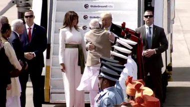 Donald Trump India Visit: সবরমতী আশ্রম দর্শন করে মোতেরা স্টেডিয়ামে পৌঁছলেন সস্ত্রীক ডোনাল্ড ট্রাম্প