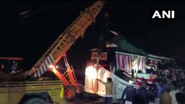 Agra-Lucknow Expressway Accident: আগ্রা-লখনউ এক্সপ্রেসওয়েতে বাস-ট্রাক সংঘর্ষ, মৃত ১৪