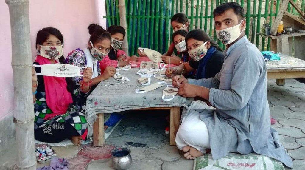 Coronavirus Masks Go Fashionable!: মধুবনী শিল্প ফুটে উঠল মাস্কে, ডিজাইনে 'গো ব্যাক করোনা' স্লোগানও