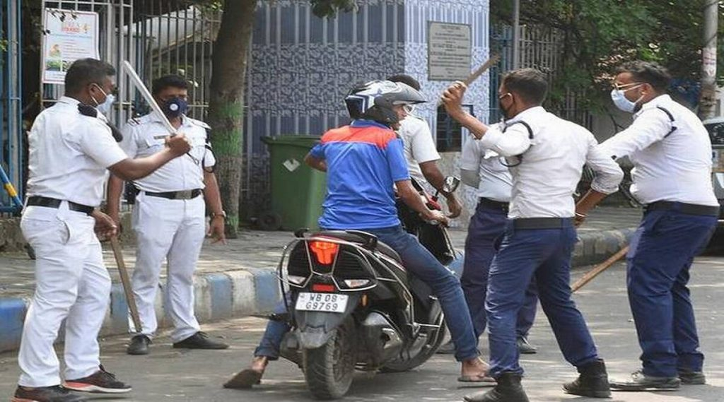 Lockdown in India: সাংবাদিক থেকে ডেলিভারি ভয়, শাটডাউনের প্রথম দিনেই পুলিশের হাতে চরম হেনস্থার শিকার
