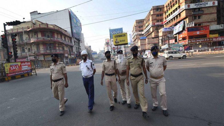 West Bengal Extends COVID Restrictions: অনেক ছাড় দিলেও বাস-ট্রেন বন্ধই রাখল রাজ্য, পয়লা জুলাই পর্যন্ত বাড়ল বিধিনিষেধ