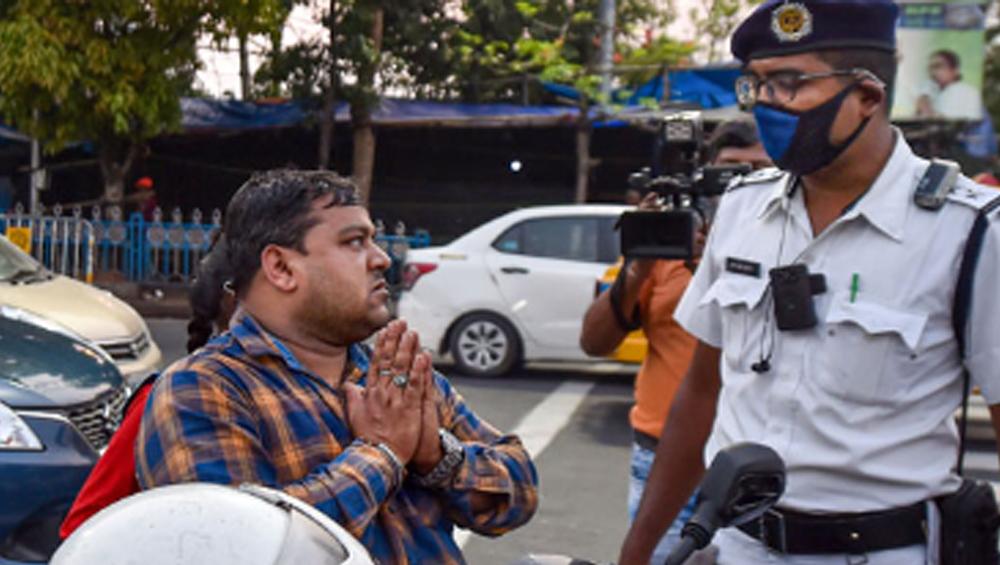 255 Arrested In Kolkata After Lockdown: লকডাউন মানছে না, সন্ধ্যা নামতেই ২৫৫ জনকে গ্রেপ্তার পুলিশের