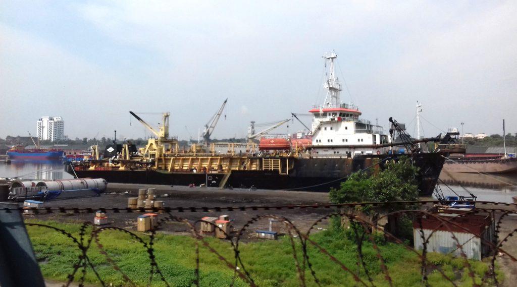 Kolkata Port Worker Tested Corona Positive: করোনায় আক্রান্ত কলকাতা বন্দরের এক কর্মী, চিকিৎসাধীন বারাসাত মেডিক্যাল কলেজে