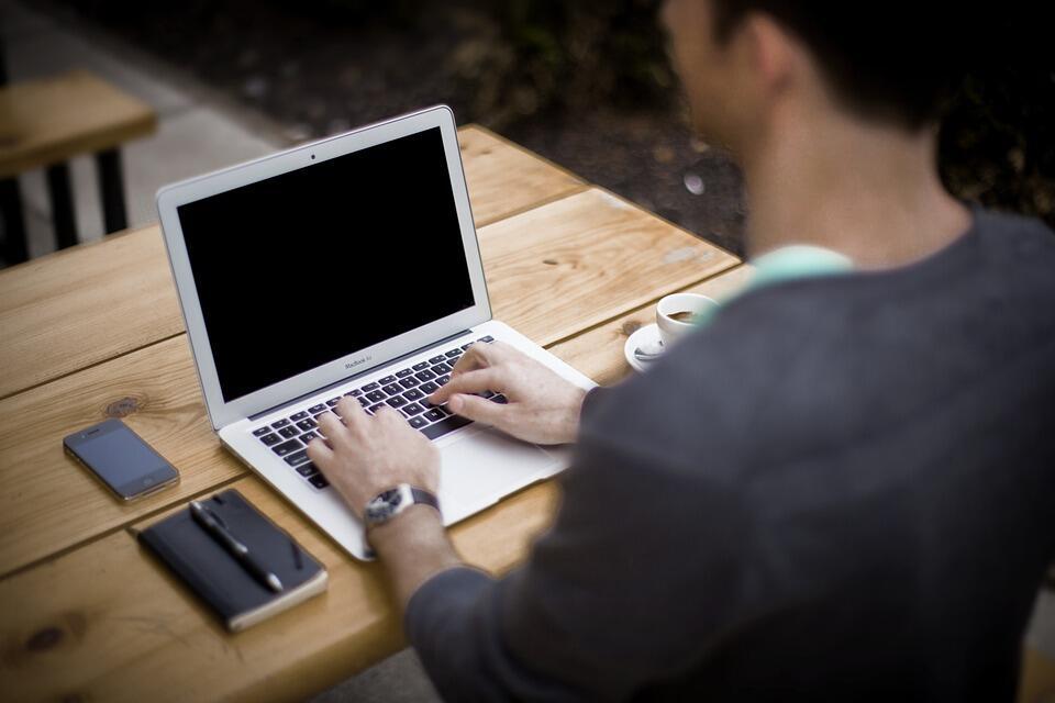 Security Tips For Working From Home: ওয়ার্ক ফ্রম হোম করছেন? ইন্টারনেট ব্যবহারের ক্ষেত্রে এই বিষয়গুলি মেনে চলুন