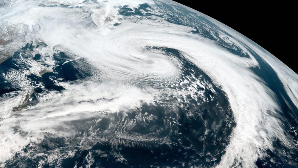 Amphan Cyclone: আজই ঘনীভূত হয়ে তীব্র আকার ধারণ করবে ঘূর্ণিঝড় আমফান, মঙ্গলবার থেকে ব্যাপক ঝড়বৃষ্টির সম্ভাবনা