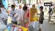 Kolkata: লকডাউনে দু:স্থদের খাবার এবং লুডো খেলার সরঞ্জাম বিতরণ করলেন ড. শশী পাঞ্জা