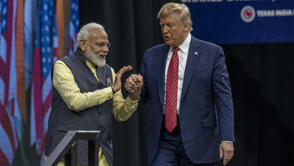 Donald Trump Thanks PM Modi কোভিড-১৯ মোকাবিলায় আপনার নেতৃত্ব মানবিকতার দিশারী, হাইড্রক্সিক্লোরোকুইন পেয়ে মোদি বন্দনায় ডোনাল্ড ট্রাম্প