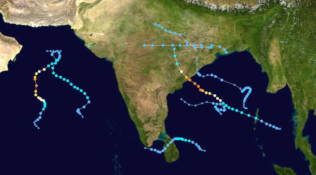 'Amphan' Cyclone Warning: শক্তি বাড়িয়ে ধেয়ে আসছে ঘূর্ণিঝড় 'আমফান', আগামী দু'দিন প্রবল ঝড়বৃষ্টির আশঙ্কা